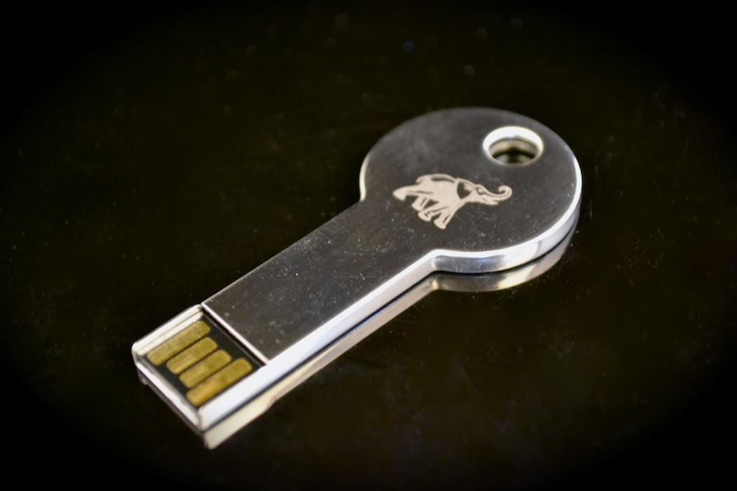 Key Shaped Flash Drive - M4