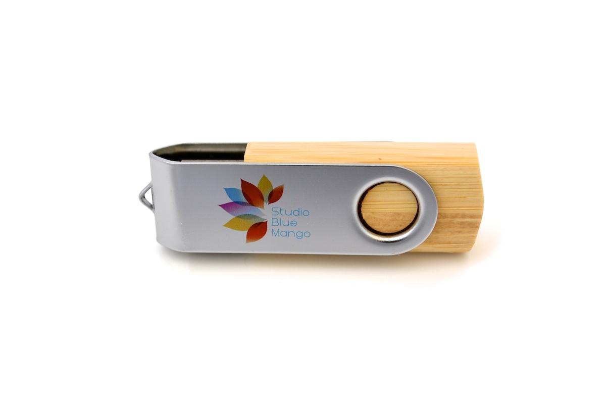 Wooden Swivel USB - WU3 - Vancouver